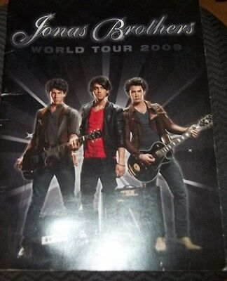 JONAS BROTHERS 2009 World TOUR CONCERT BOOK  Great Pictures