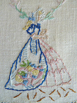 CRINOLINE LADY w/ Floral Archway Vintage Hand Embroidered Sandwich Doily
