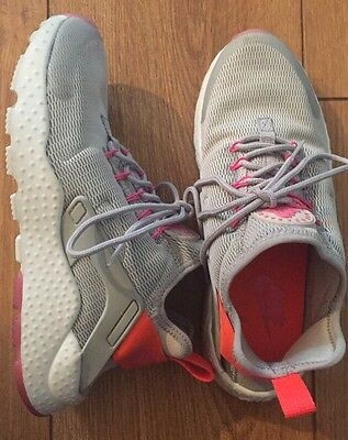 Nike Air Womens Size 6.5 Gray Sneaker Shoes - Casual & Comfy