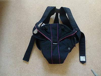Baby bjorn carrier, black and purple, good condition