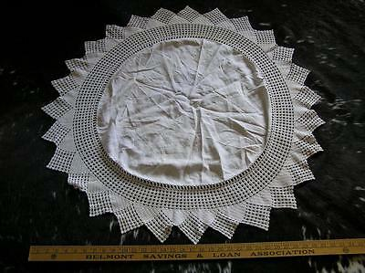 "Vintage Elegant 36"" round small size Crochet Lace trim Tablecloth Victorian"