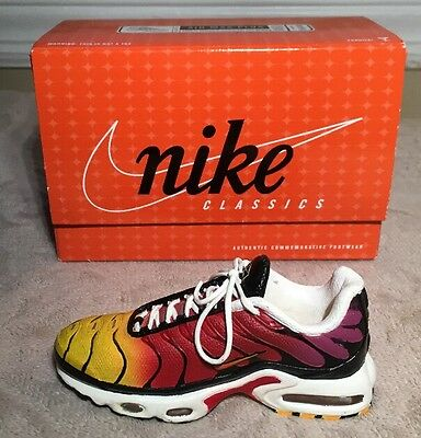 Nike Classics Commemorative Footwear AIR MAX Plus Figurine, Bowen, 605112-671
