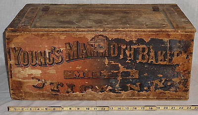 Rare Old Antique Young's Mammoth Bakery Utica NY New York Wooden Box Crate 1880s