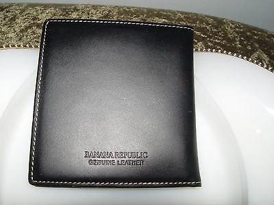 BANANA REPUBLIC Mens Genuine Black Leather Passport ID Wallet