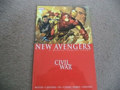 SUPERB MARVEL 120 PAGE COMIC BOOK.THE NEW AVENGERS-CIVIL WAR(vol 5).1st PRINT