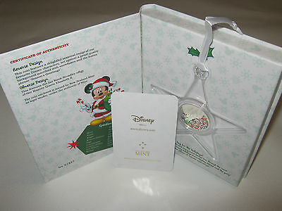 Niue 2016 Disney Christmas Season's Greetings 1/2 oz Silver Coin Ornament