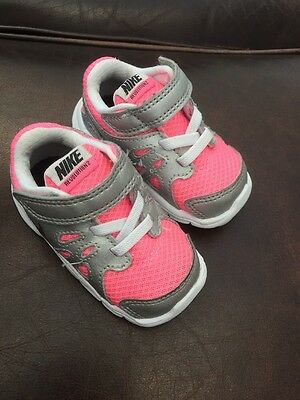 Nike Revolution 2 Girls Infant Trainers Pink White Size UK 2.5 Infant Baby