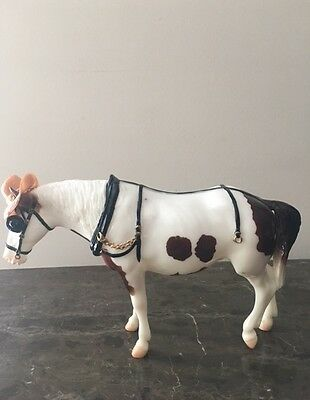 """Breyer """"Gus"""" Glossy Pinto Old Timer Vintage Collectors Club"""
