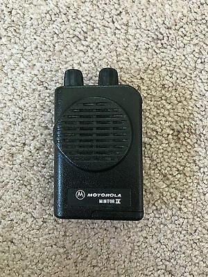 Motorola MINITOR IV - VHF Low Band 45-48.995 MHz 2-CHANNEL PAGER w/New Batteries
