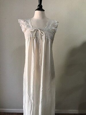 Vintage Christian Dior Lingerie Women's Off White Satin Long Nightgown Small