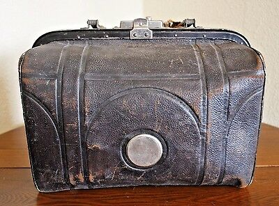 Vtg Antique Black Leather Medical Bag Case Satchel Unusual Gladstone Stagecoach