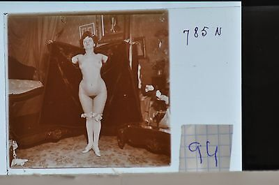 Stereoscopic Photography  Nude  , Glass Stereo Slide , 1905 Aprox.   N. 94