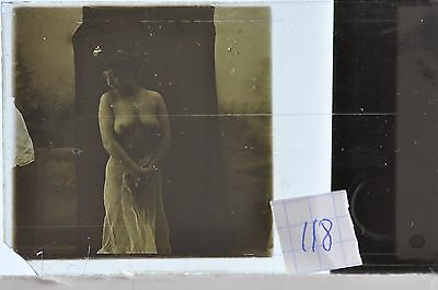 Stereoscopic Photography  Nude  , Glass Stereo Slide , 1905 Aprox.   N. 118