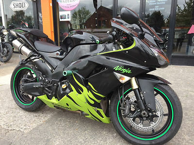 Kawasaki ZX-10R, 2007 model loaded with extras