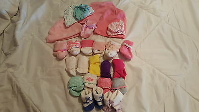 Newborn baby girl Lot - hats, anti-scratch mittens and socks