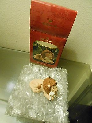 "Hallmark Keepsake Ornament Lion And Lamb Lion King 2"" Long 1997"