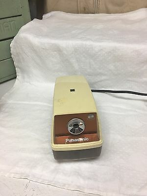 Vintage Panasonic Model KP-33 Desktop School Electric Pencil Sharpener - Works!