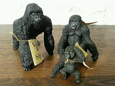 The Vanishing Wild Mountain Gorilla Male Female Baby Family Figurines Lot