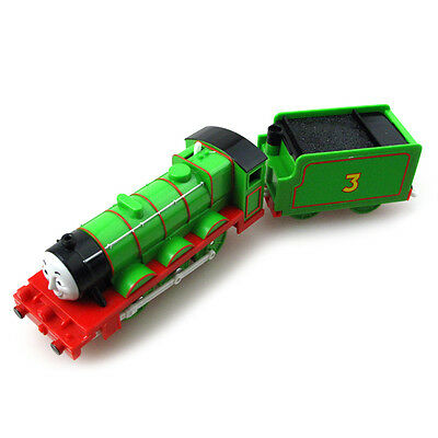 T0236 Thomas the tank engine and friends Motorized train Henry &truck