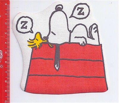 SNOOPY Peanuts by Schulz 80s italy cloth patch - toppa stoffa House Sleeping