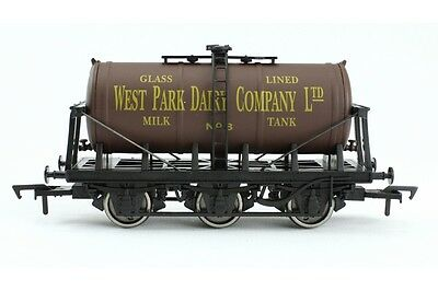 Dapol 4F-031-039 Güterwagen 6-wheel milk tank West Park Dairy No. 8 Spur 00