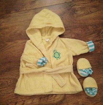 baby dressing gown 0-3 months