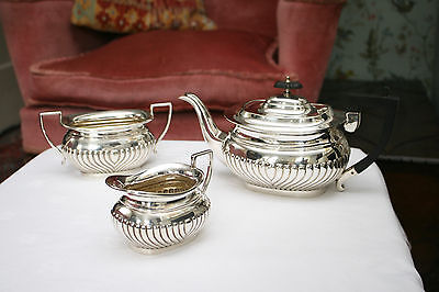 A Fine Antique Edwardian Three Piece Silver Plated Tea Set, Gadrooned Decoration