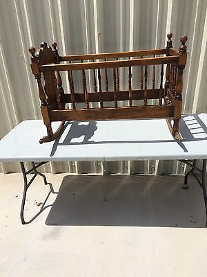 Vintage Rocking Baby Cradle Wood Crib Bed Nursery Furniture Collectible Gift