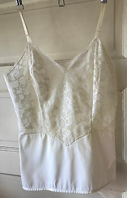 Vintage Vanity Fair Camisole Ivory Size 34 Lace Lined Top