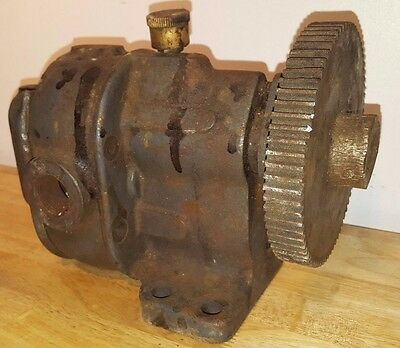 Briggs & Stratton No 3 Engine/Motor Part Lunkenheimer Oiler magneto? hit & miss?