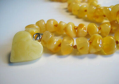 Beautiful Genuine Baltic Amber Necklace !!!