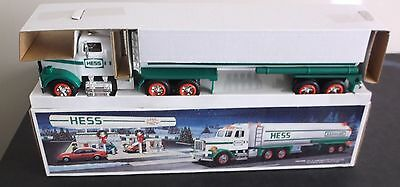 1990 Hess Toy Truck Collectible - Tanker Truck w/Lights Horn & Backup Alerts NIB