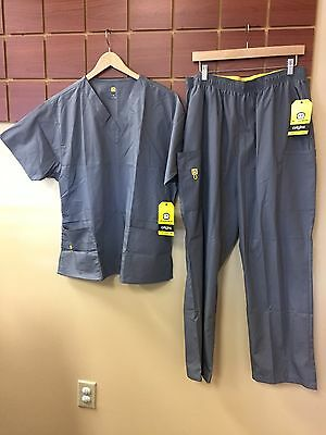 NEW Wink Gray Solid Scrubs Set With XL Top & XL Pants NWT