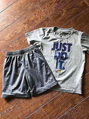 Nike Boys Outfit Set Shirt And Shorts Gray Size 5-6