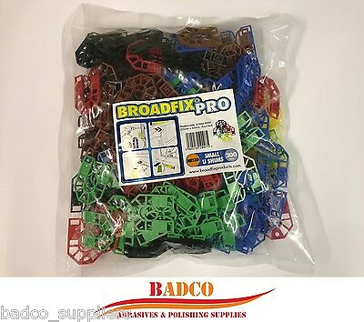 200 Plastic U Shims MIXED Horseshoe Packing Spacer Assorted Packers 55 x 43mm