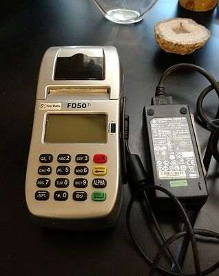 First Data FD50ti Credit card Terminal Reader with   AC Adapter pre-owned