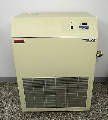 Thermo Fisher Scientific Neslab HX 300 Recirculating Chiller