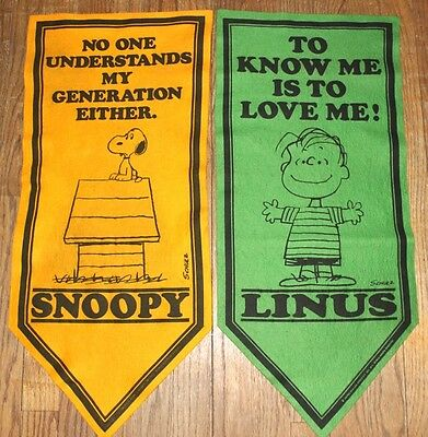Peanuts Gang Snoopy vintage set of two felt wall banners Linus Determined