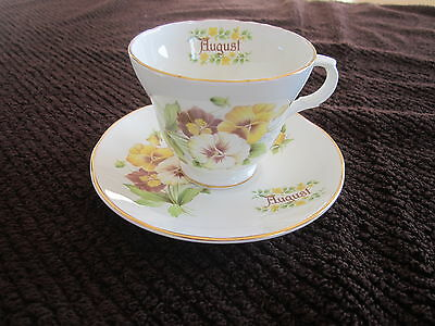 Crown Trent Staffordshire Fine Bone China - Teacup & Saucer