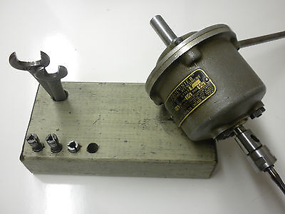 PROCUNIER TAPPING HEAD  - w/collets & wrenches
