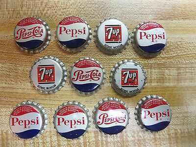 11 Vintage Pepsi Cola / 7UP Bottle Caps Cork Unclinched