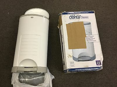 New Dekor Classic Hands Free Diaper Pail White FREE N FAST SHIPPING