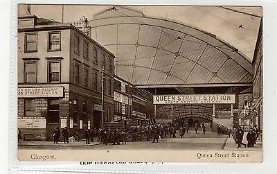 QUEEN STREET STATION: Glasgow postcard (C27036)