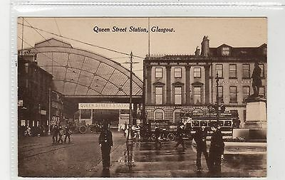 QUEEN STREET STATION: Glasgow postcard (C27041)
