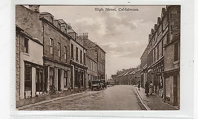 HIGH STREET, COLDSTREAM: Berwickshire postcard (C26723)