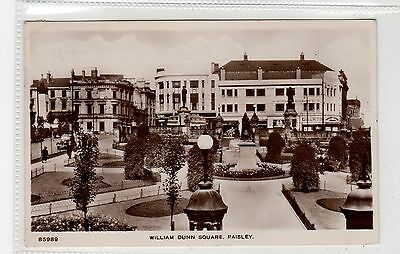 WILLIAM DUNN SQUARE, PAISLEY: Renfrewshire postcard (C27132)