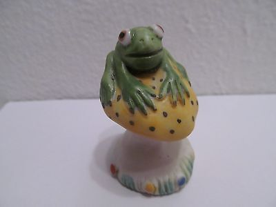 Vintage Porcelain Frog Sitting Upon Spotted Toadstool Mushroom Frog Figurine