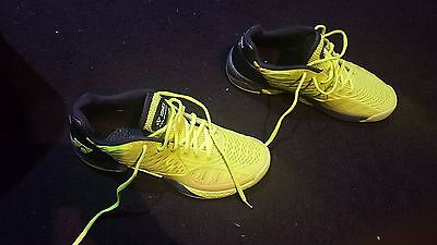 Yonex Power cushion yellow Tennis shoe 8.5