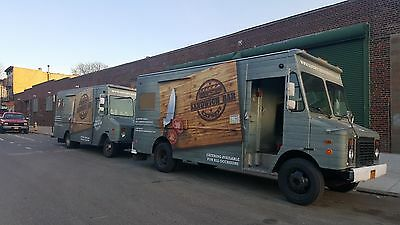 Food Truck for sale Fully loaded kitchen- Fiancing available