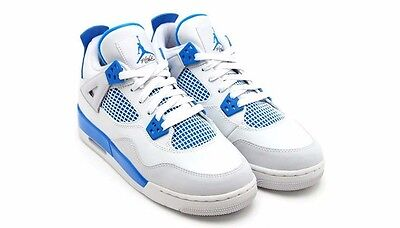 Youth Jordan Retro Air Military 4's IV Blue/White Size 6.5 Preowned Sneaker Shoe